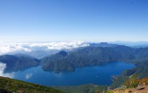 男体山から中禅寺湖を望む